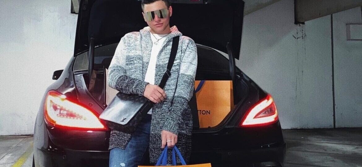 Meet Grayson Armstrong The Young Entrepreneur Whose Social Media Lifestyle Is Taking Over Instagram